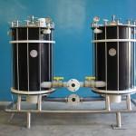 Filtro com 2 reservatórios filtrantes