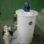 Tanque de preparação com agitador e bomba de duplo diafragma