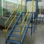 Tanque de preparação com estrutura metálica e painel elétrico